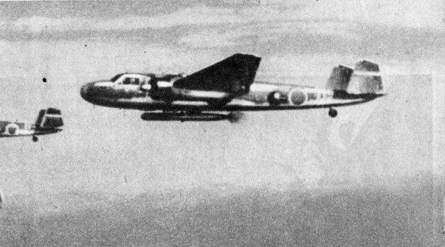 八一四空戰中日軍派出的「九六式陸攻」,原本設計為長程魚雷攻擊用。